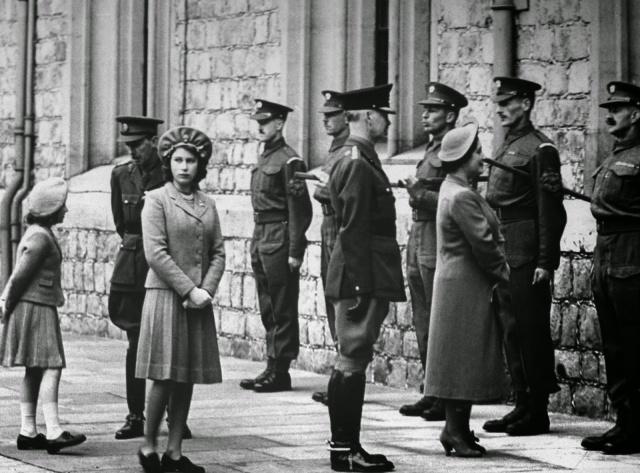 Queen Elizabeth II (1)