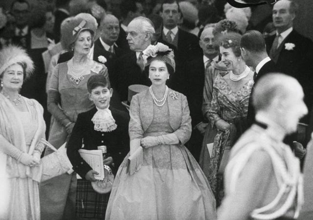 Queen Elizabeth II (5)