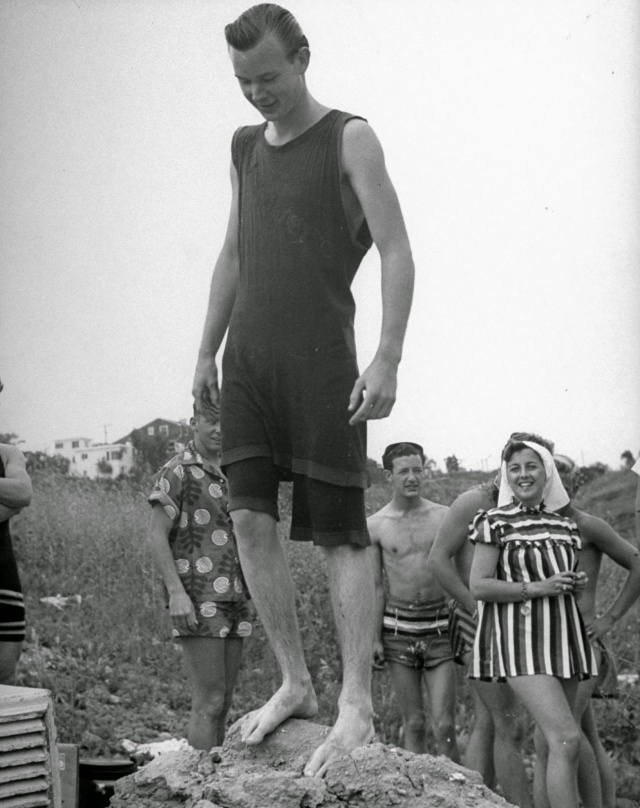 Spring Break in Southern California, 1947 (10)