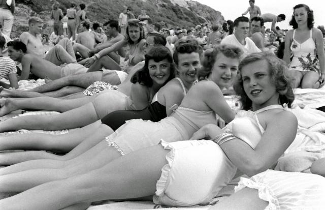 Spring Break in Southern California, 1947 (16)