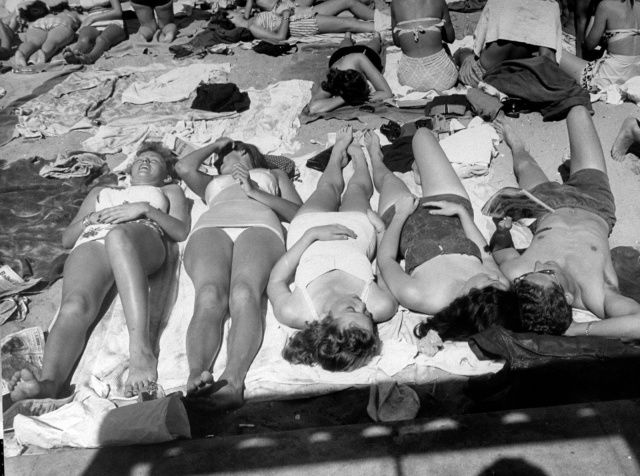 Spring Break in Southern California, 1947 (3)