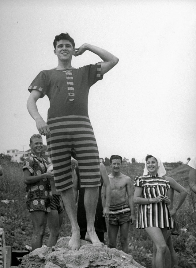 Spring Break in Southern California, 1947 (9)