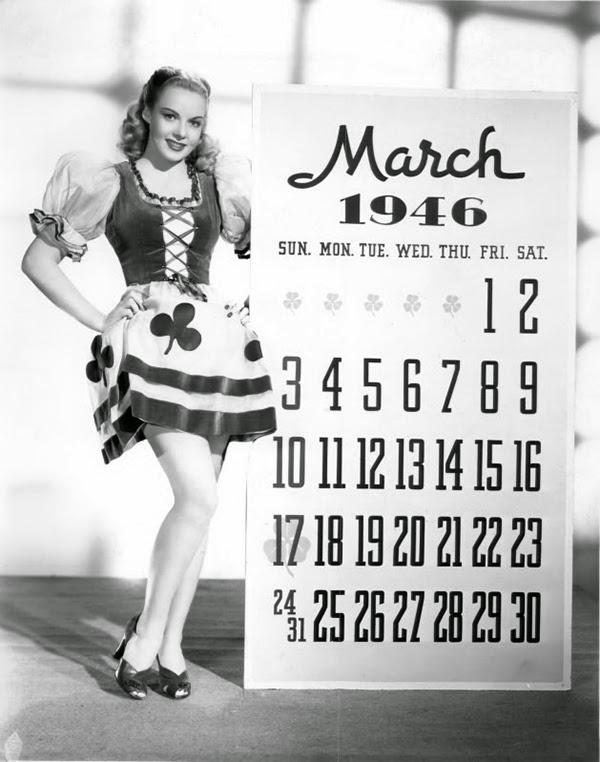Vintage St. Patrick's Day Pin Up (6)