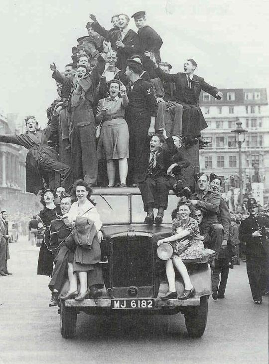 Cheers in London, 1945