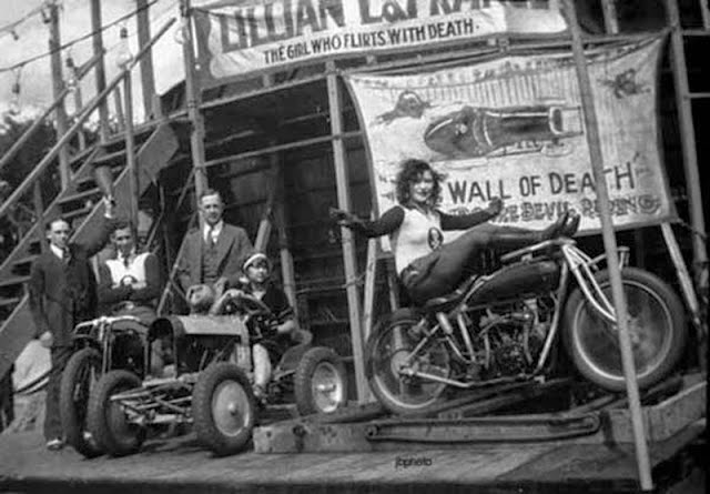 Early Women Motorcycle Stunters (6)