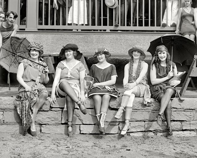 1920's Womens Fashions (10)