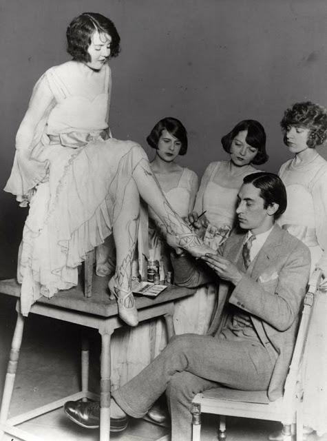 1920's Womens Fashions (11)
