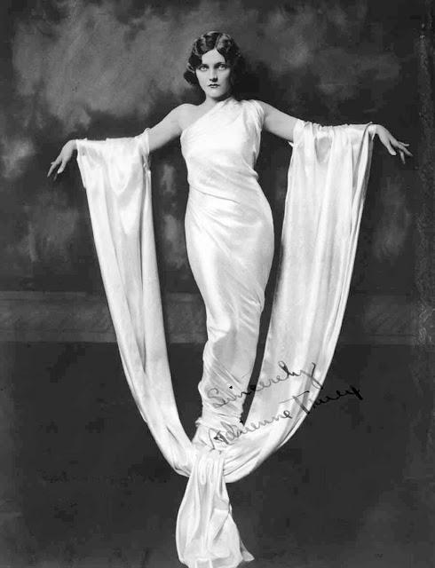 1920's Womens Fashions (13)