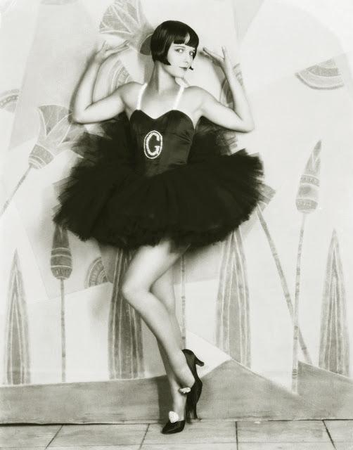 1920's Womens Fashions (17)