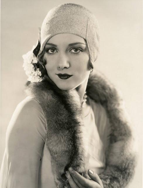 1920's Womens Fashions (24)