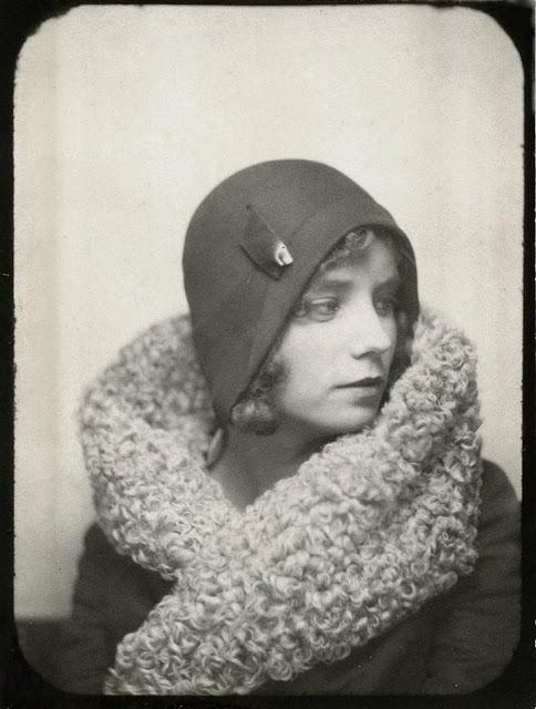 1920's Womens Fashions (27)