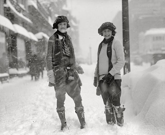 1920's Womens Fashions (34)