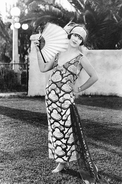 1920's Womens Fashions (5)