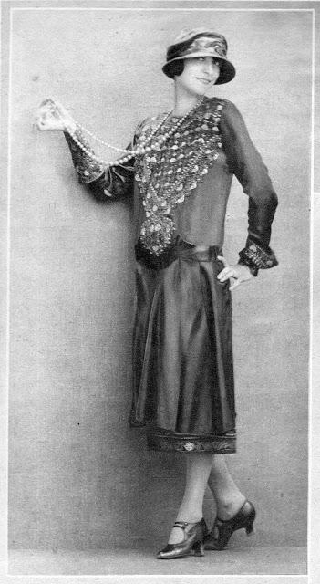 1920's Womens Fashions (9)