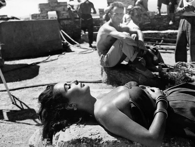 Elizabeth Taylor on the set of Suddenly, Last Summer