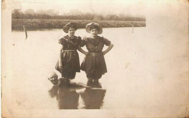 Victorian swimwear (14)
