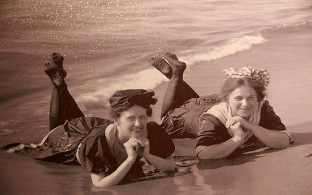 Victorian swimwear (20)
