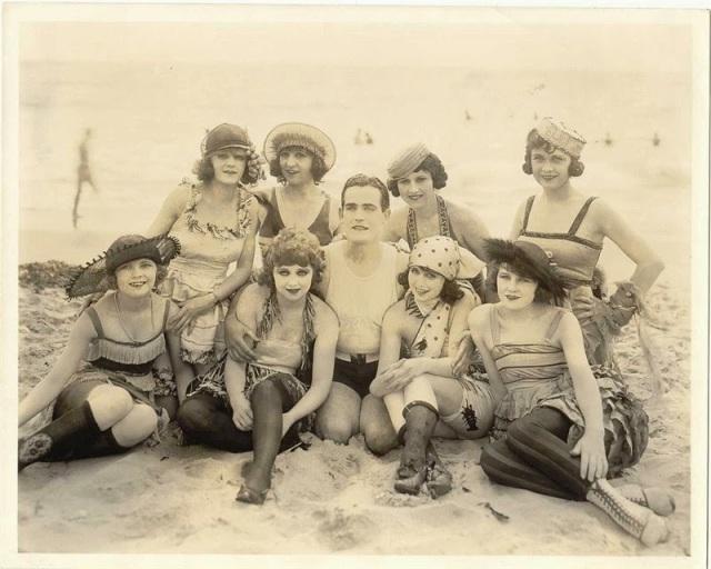 Victorian swimwear (23)