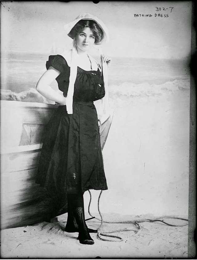 Victorian swimwear (3)