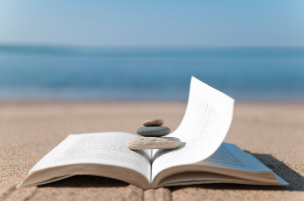 Summer-Reading-List-600x397