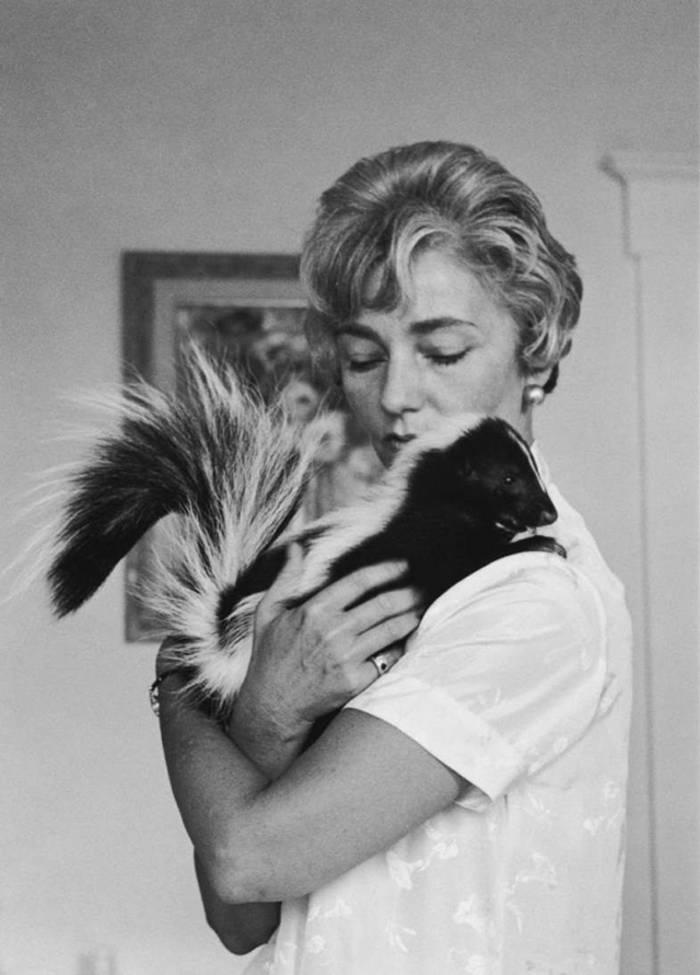 vintage celebs with pets (10)