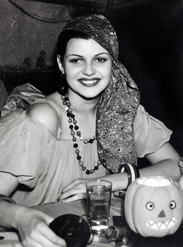 Rita Hayworth c.1938 (1)